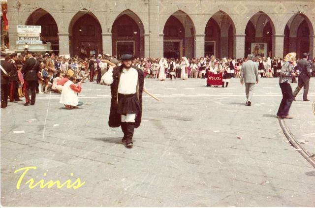 santefis-1972-5